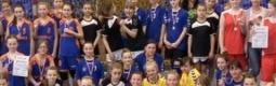 Poniżej przedstawiam komunikat organizacyjny zawodów mini piłki ręcznej dziewcząt, oraz wyniki rywalizacji.